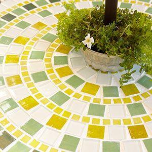 DIY Tile Table: Ideas, Diy Tile Tables, Mosaics Tables, Old Tables, Mosaics Design, Outdoor Tables, Mosaics Tile, Patio Tables, Crafts