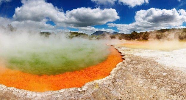 Visiter la zone thermale Champagne Pool pendant sa lune de miel en Nouvelle Zélande