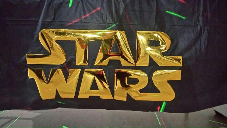 Mantelería Personalizada fiesta Temática Star Wars 40 años.