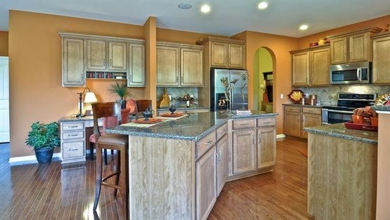 love the open kitchen floorplan (there is no link though)