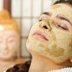 Hausgemachte Gesichtsmaske für Mitesser