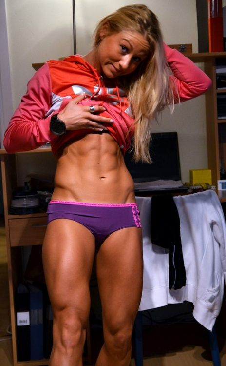 ABS, ABS, ABS! A GUYISM TRIBUTE TO GIRLS WITH SIX PACKS