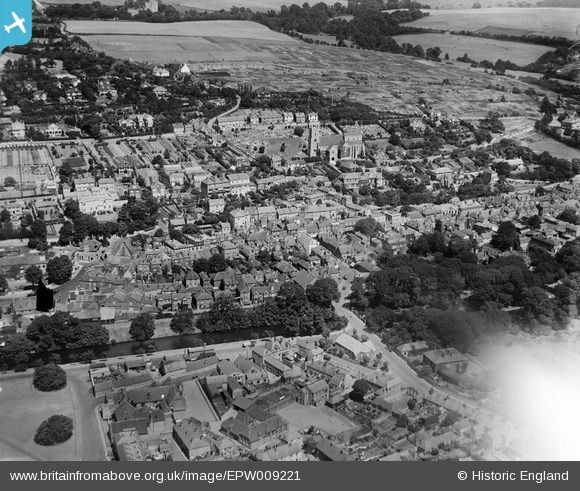 Britain From Above - St Leonard's Church and the town centre, Hythe, Kent, 1923