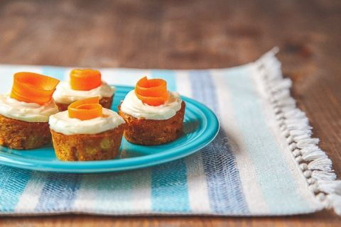 Skinny+Mini+Carrot+Cake+@dessertfortwo