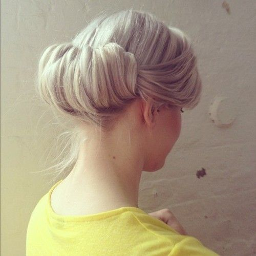 rolled bun: Simple Updo, Hairstyles, Hair Makeup Nails, Beautiful, Hair Style, Bride, Rehear Dinners, Londonbrid Hair, Blondes Updo