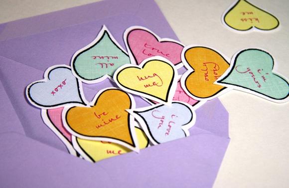 valentines-hearts-printable-confetti