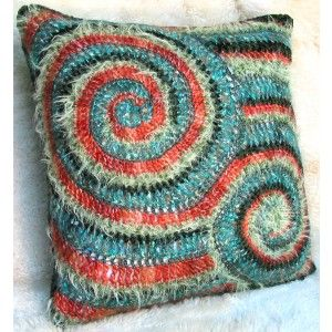 Crochet pattern for this freeform cushion! {PillowTalk Exploration Collection}