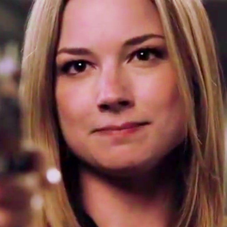 Pin for Later: Is Emily Going to Kill Victoria in the Revenge Series Finale?