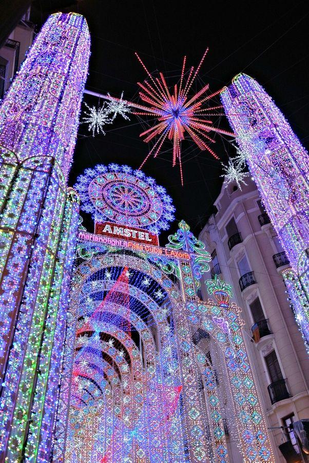 Iluminación Valenciana                                                                                                                                                     Más