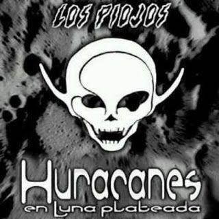Tapa de Cd Huracanes en Luna plateada de Los Piojos de 2002.