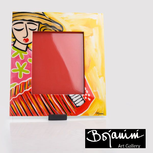Bojanini Pon los mejores recuerdos de tus vacaciones, en un lugar visible en este portarretrato de Bojanini Art Gallery  colorido y pintado a mano.