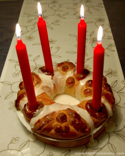 """Beautiful Norwegian Cake """"Adventkrans"""" Recip"""