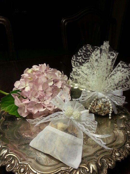 Condessa Carlota wedding favors(for sale on Etsy/Condessa Carlota)