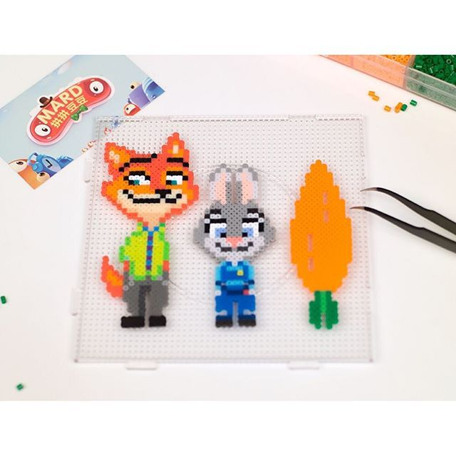 Nick and Judy - Zootopia characters perler beads by mard_bead