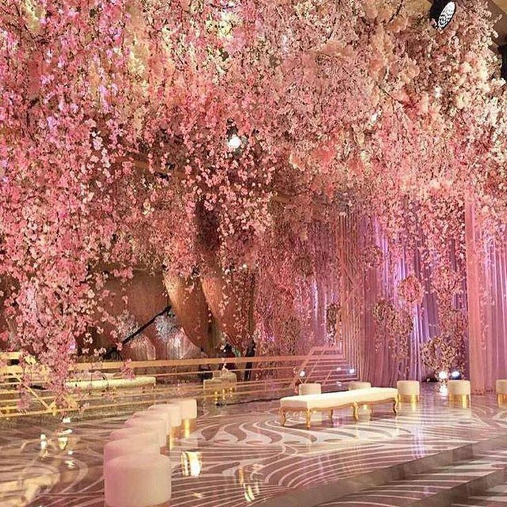 Thinking pink today! Comment below if you would say YES to this decor! Via: @strictlyweddings…