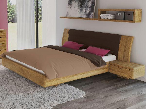 Schlafzimmer aus Massivholz Eiche mit Zirbenbett \