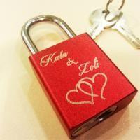 Lovelocks, Personalized engraved love lock