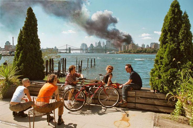 New York City, Sep 11, 2001. by Thomas Hoepker