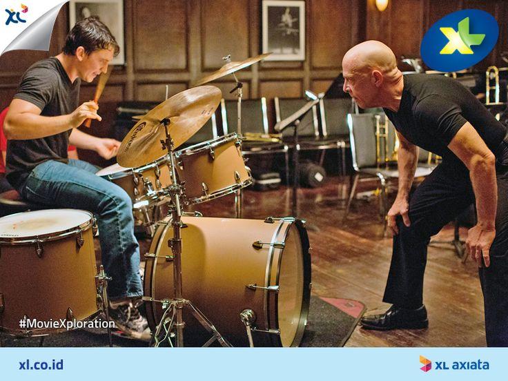 Whiplash, film drama yang mengisahkan kerja keras seorang drummer jazz. Film ini diadaptasi dari pengalamanDamien Chazelle, sang sutradara.  Pencinta musik, apalagi musik jazz, kamu wajib tonton film ini. #MovieXploration