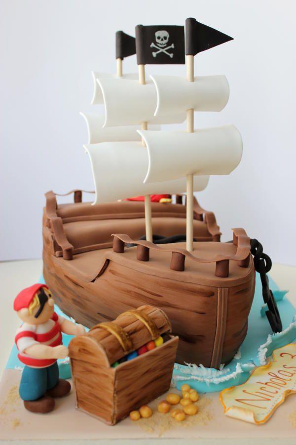 Pirate Ship Cake - Cake by Kiara's Cakes
