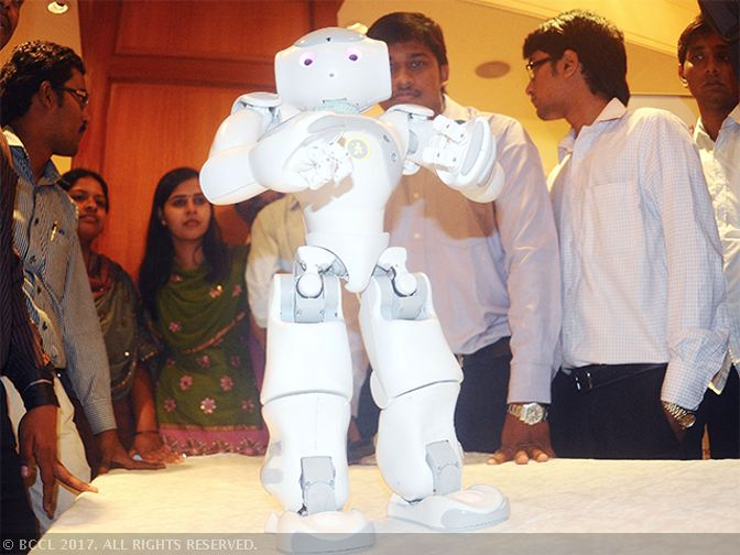 Banks: Growing number of private and PSBs introducing humanoid robots to answer basic customer queries - The Economic Times