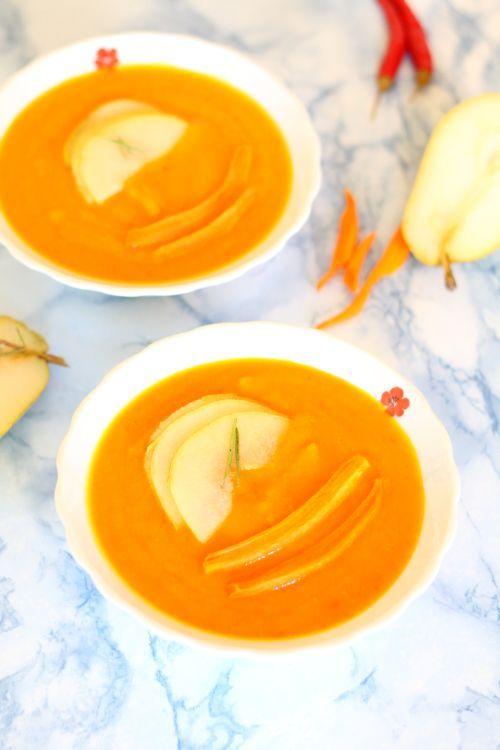 Zupa krem z pieczonej dyni i gruszki