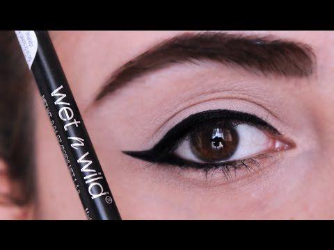 Kolay Eyeliner Nasıl Çekilir? Akmayan Siyah Göz Kalemi Önerisi