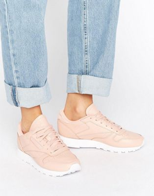 Reebok Classic Leather Trainers In Nude