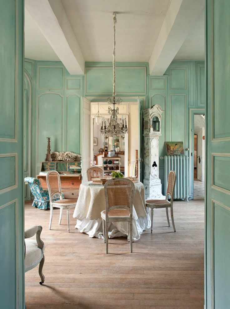 17 best images about dining room ideas on pinterest for Country french rooms