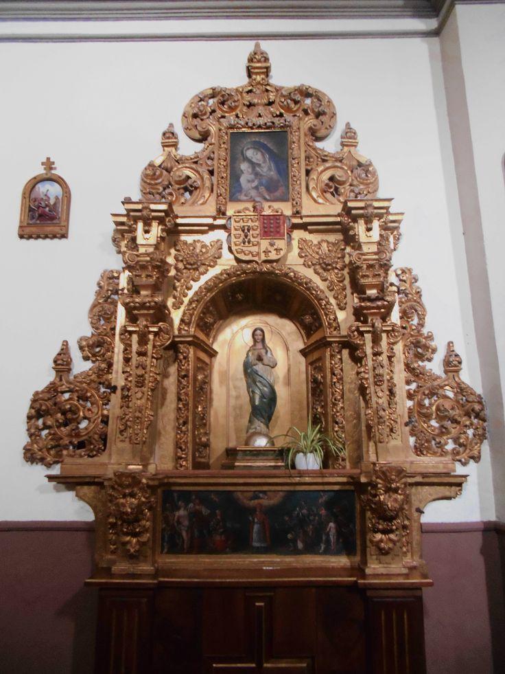 Convento de Santa Isabel e Iglesia de San Martín. Retablo lado Evangelio