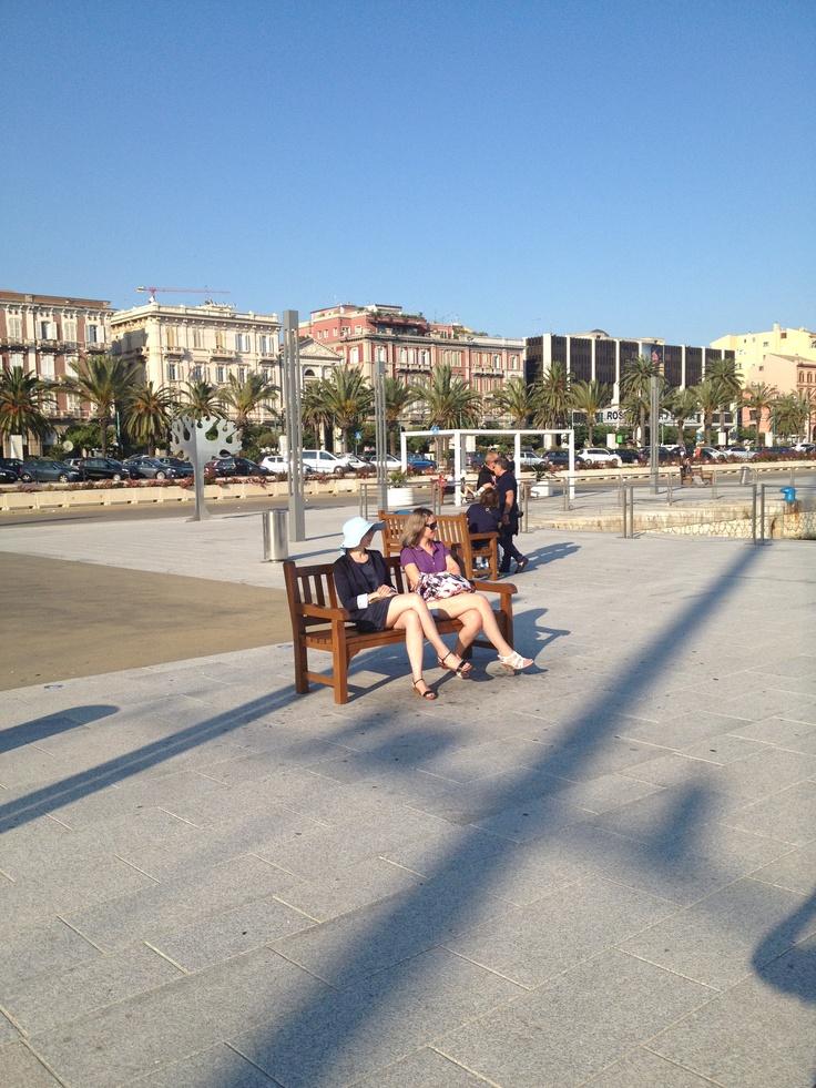 Cruisers in Cagliari. Porto di Cagliari - Via Roma.