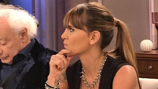"""""""Cerremos el país"""": la pregunta de Amalia Granata a Mirtha Legrand que explotó en Twitter"""