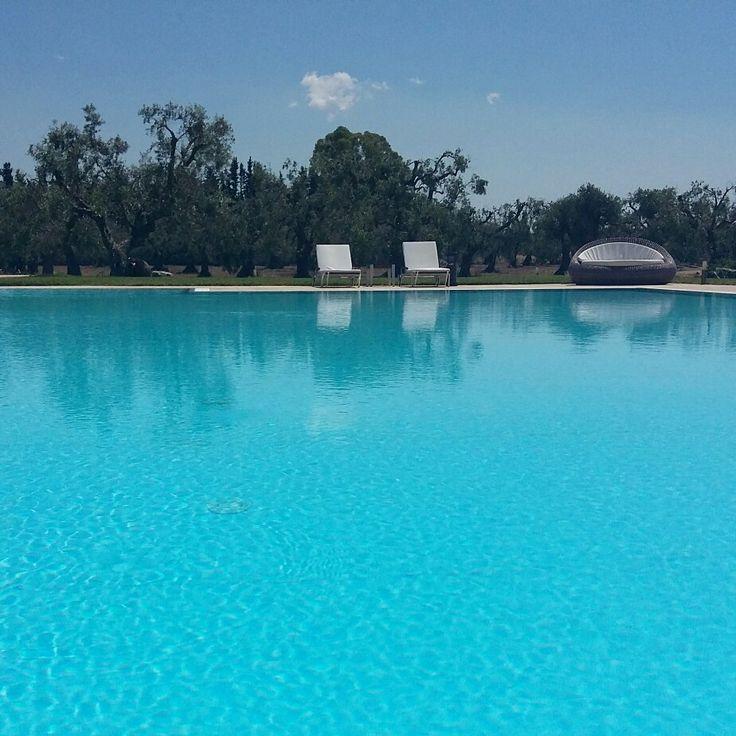Relazione momento by the pool! #pool #relax #sun #resort #hotel #masseriesalento  www.masseriacordadilana.it