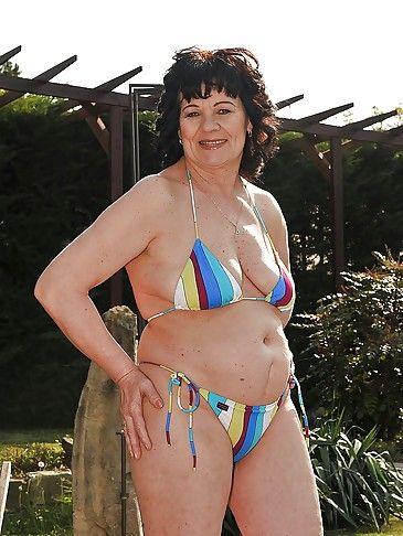 Grandma bikini picture