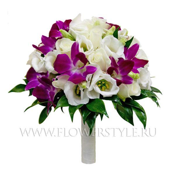 Букет цветов для невесты № 81. Состав: Розы, орхидея дендробиум, эустома, дополнительная зелень.