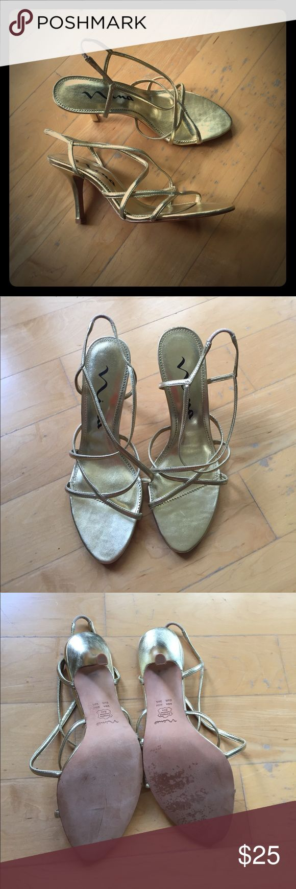 "Nina Gold Dress Sandal 8.5 Nina Gold Dress Sandal 8.5 retail $85 EUC only worn a couple times 3"" heel Nina Shoes Sandals"