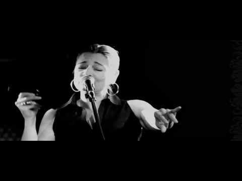 Birsen Tezer - Çal Kapımı - YouTube