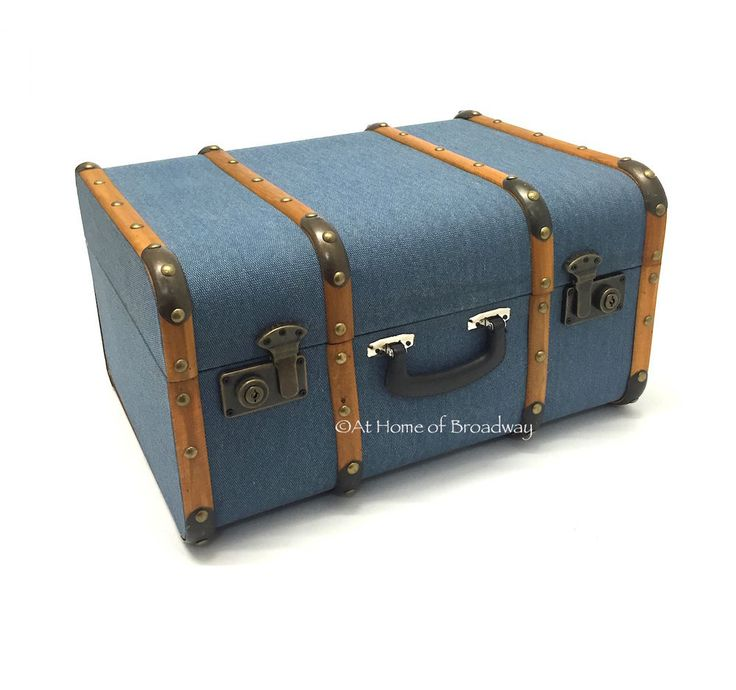 Antique Suitcase Style Wooden Decorative Home Storage Chest / Trunk. Extra  Large