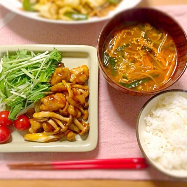 味の素さまさま。 - 9件のもぐもぐ - ガリバタ鶏、鍋キューブのピリ辛キムチで春雨スープ。 by asumi1022