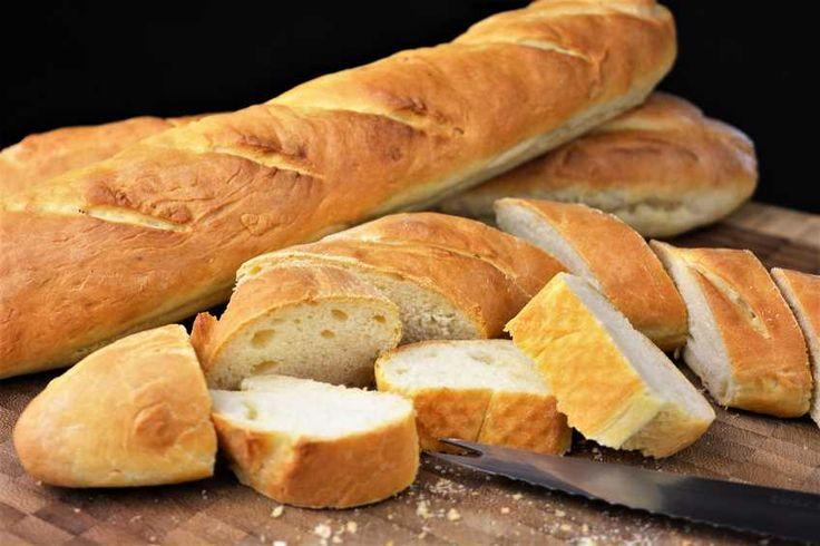 Puedo aseguraros que cuando hagáis este pan baguette casero vais a alucinar con lo rico que está. Pronto veréis una receta que hice con estos panes, pero para eso tendréis que esperar.