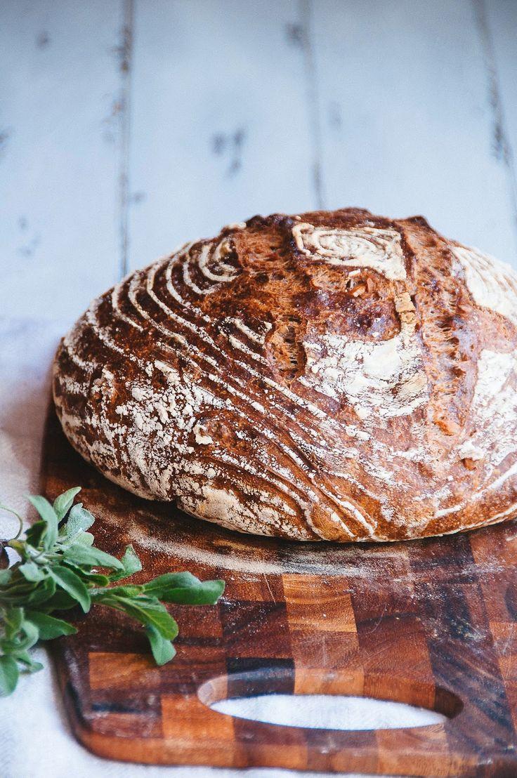 Sage and Walnut Bread l