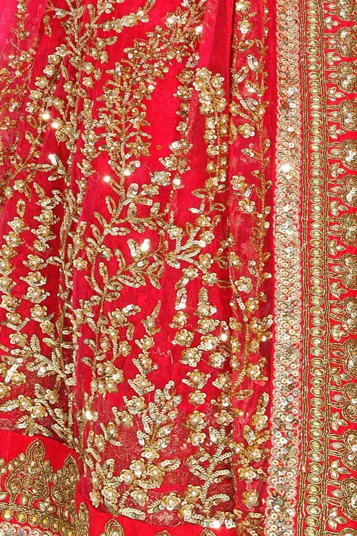 This Pink Bridal Sabyasachi lehenga is in net fabric having sequin, dabka and gottapatti work on it. This Sabyasachi lehenga is on SALE for a limited period.