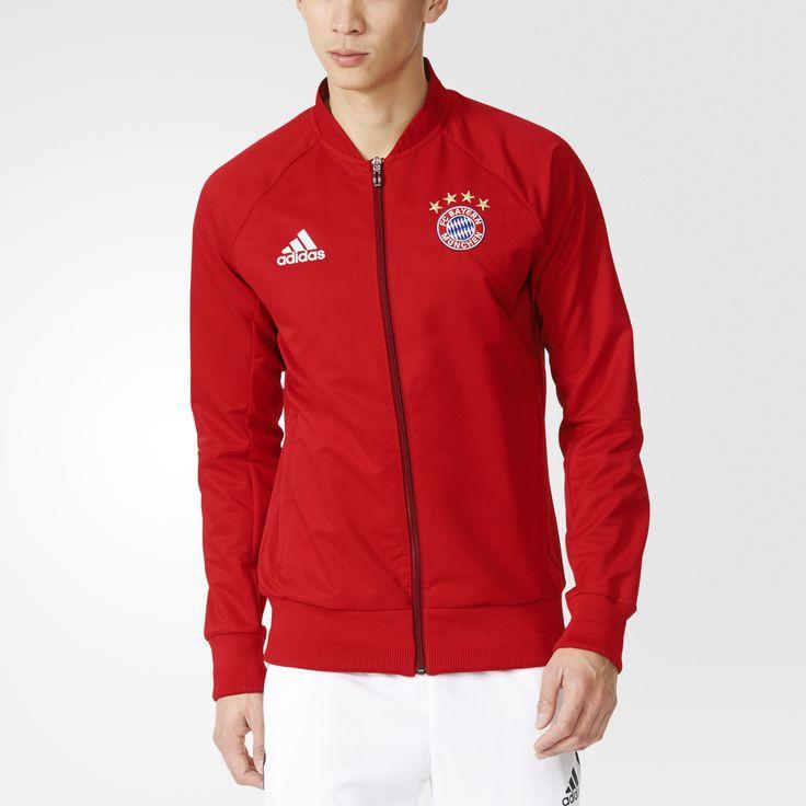 Ganar es algo natural en el FC Bayern. Simplemente, no hay otra opción. Siéntete orgulloso de tu equipo y anima a sus jugadores con esta chaqueta de fútbol para hombre. Presenta un cierre frontal de cremallera y luce el escudo del FC Bayern bordado en el pecho.
