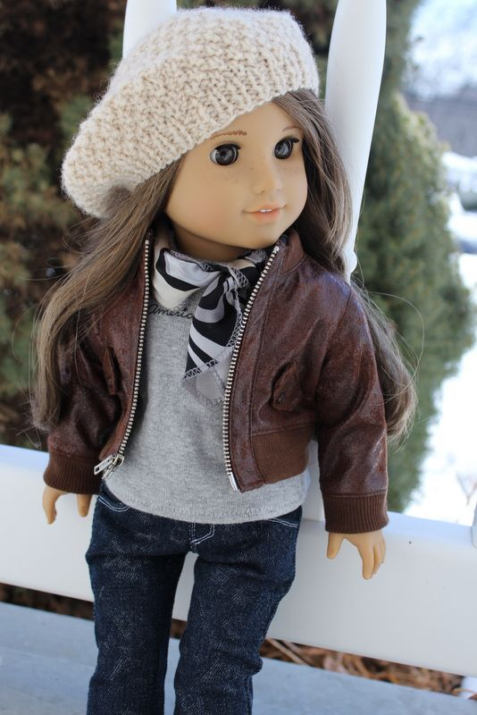 I love this outfit! Each piece complements the next and is super cute and casual.