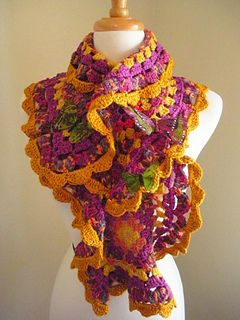 Spring-crafts-colorful-scraves-free-crochet-patterns-make-handmade- ╭⊰✿Teresa Restegui http://www.pinterest.com/teretegui/✿⊱╮