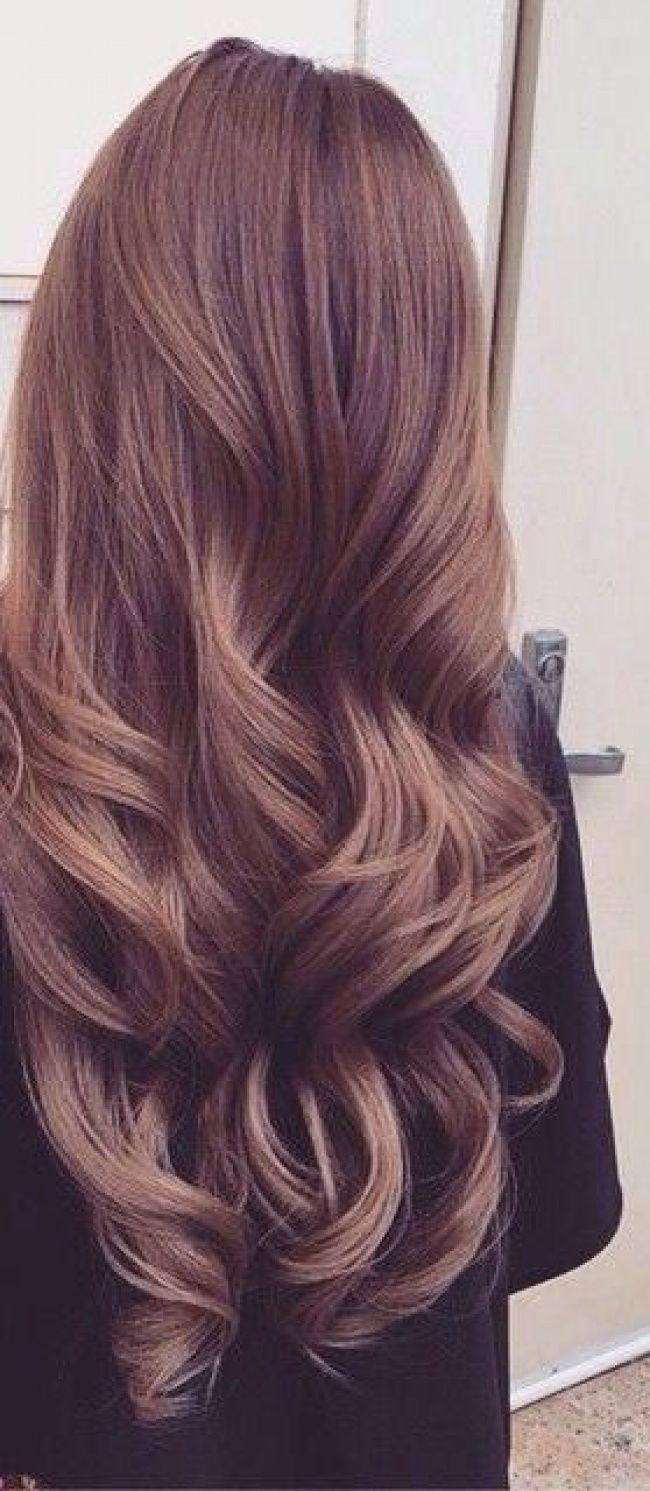 Wavies : 22 photos de coiffure hyper sensuelles pour les brunes et les blondes ! - REVLON PROFESSIONAL Trend Zone