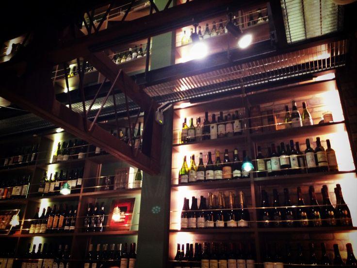 壁一面のワイン