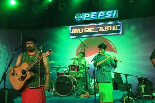 Raghu Dixit, Sound-check woes.  #PepsiMusicAbhi
