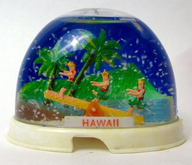 hawaii souvenir snowglobe