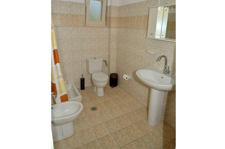 santos vacation bathroom corfu dassia